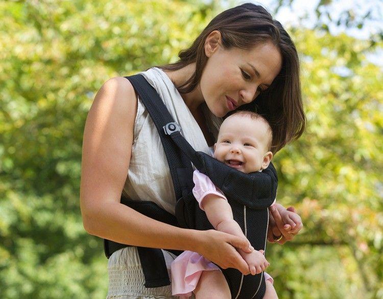 Babytrage - richtige Blickrichtung